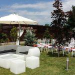 mobilier si accesorii pentru ceremonie nunta