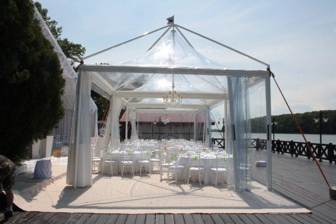 corturi pagoda transparente nunta in aer liber