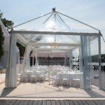Pagode transaprente nunta pe ponton